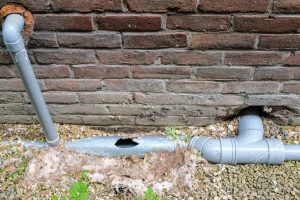 sewer backup causes broke pipes services by A&J Property Restoration DKI of Madison, Middleton, Sun Prairie, Portage, Waunakee, Milwaukee, WI Dells, Fort Atkinson, Watertown, and Waukesha, Wisconsin